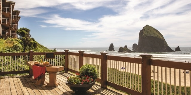 Hallmark Resort Spa Cannon Beach